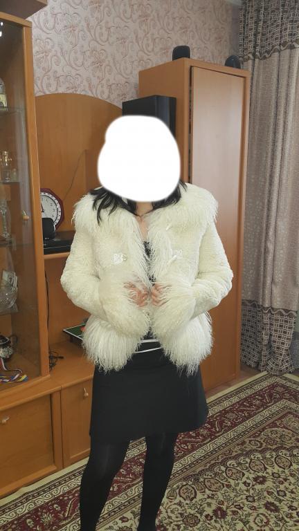 Белая шуба из натурального меха