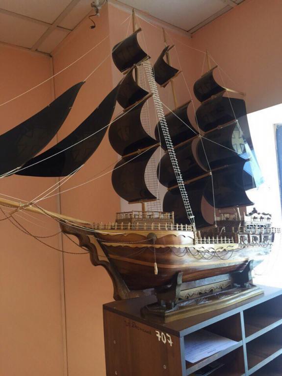 Коллекционный корабль ручной работы