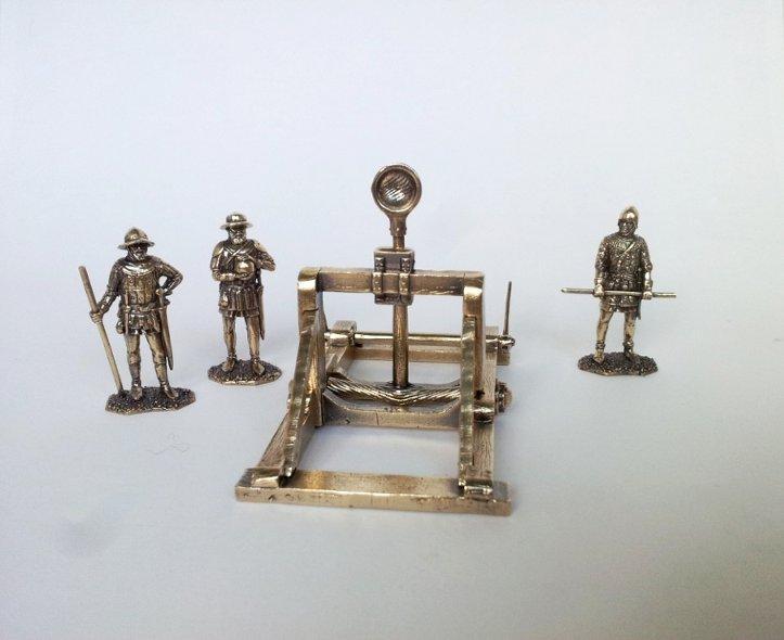Средневековая катапульта