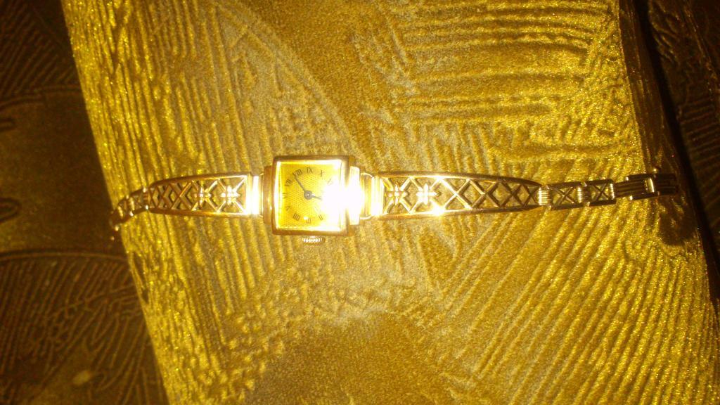 """золотые часы, середина прошлого века, 583 проба, знак ГОСТ, механизм """"луч"""", работают"""