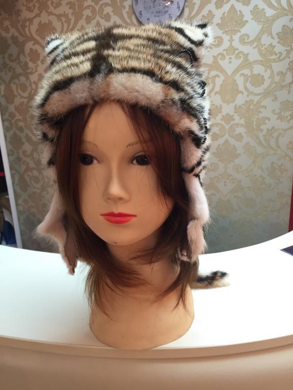 Продам Стильную дизайнерскую норковую шубу 42-44 (в комп. шапка в подарок)