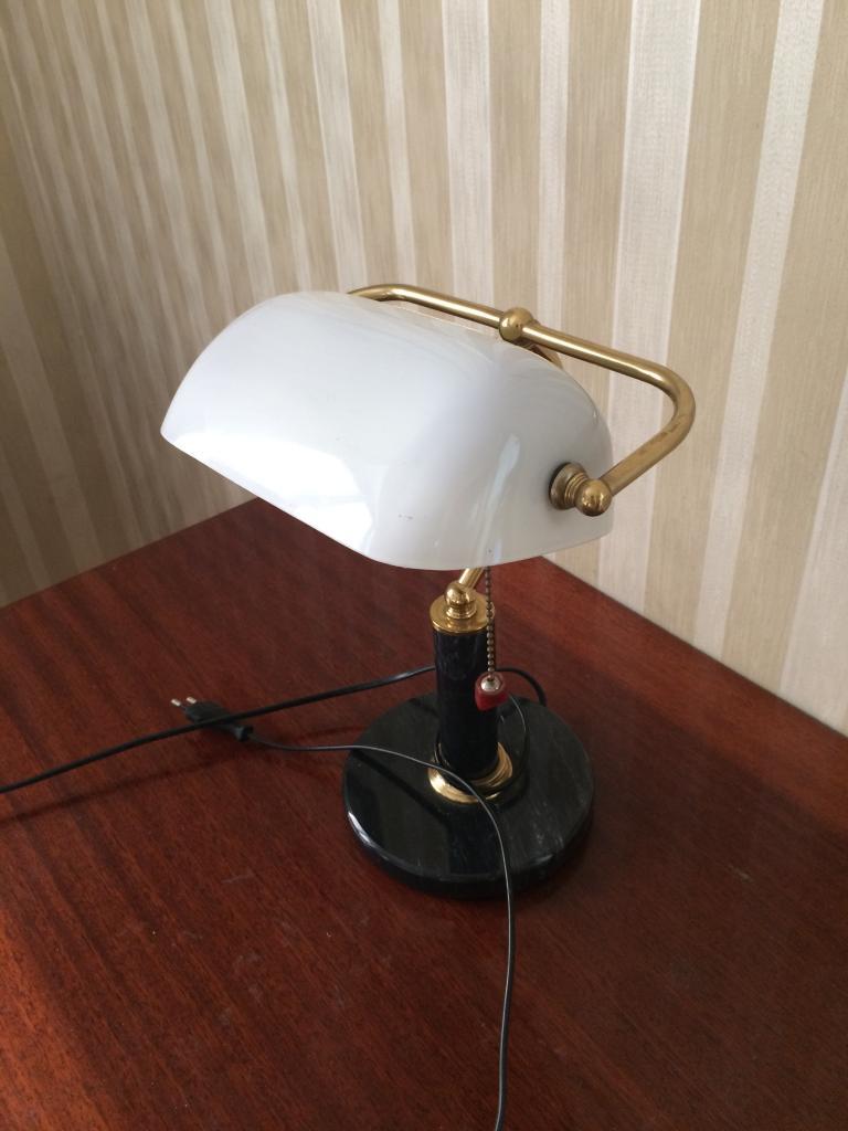 Настольная лампа , пр-во Голландия.