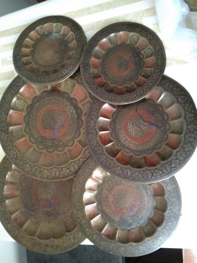 Декоративные стенные тарелки