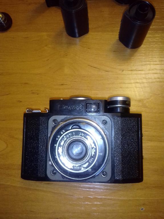 Пленочный фотоаппарат смена 3. В 1961 году