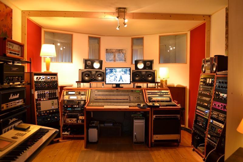 Студия звукозаписи в Астане