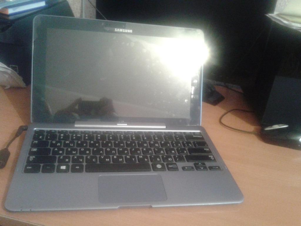 Продам ноутбук таб 5