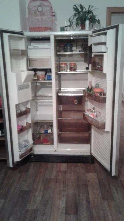Продам холодильник б\у 20 000 тг