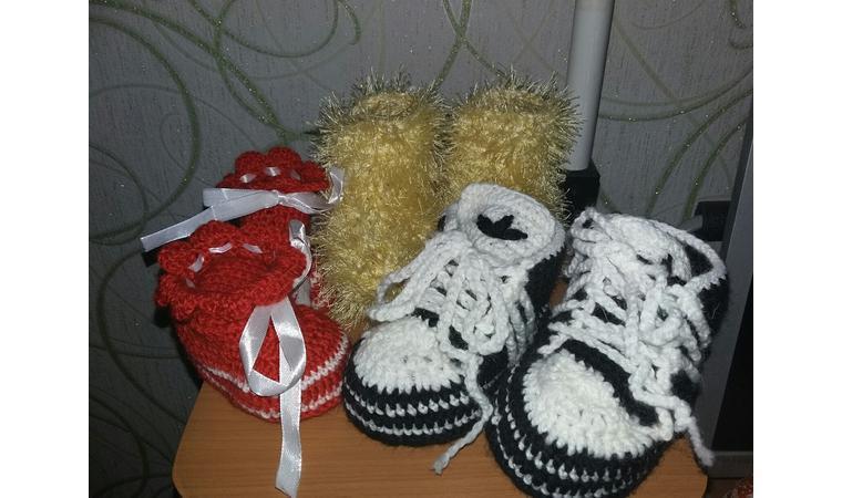 Вяжу вещи, обувь на заказ для детей, женщин и мужчин.