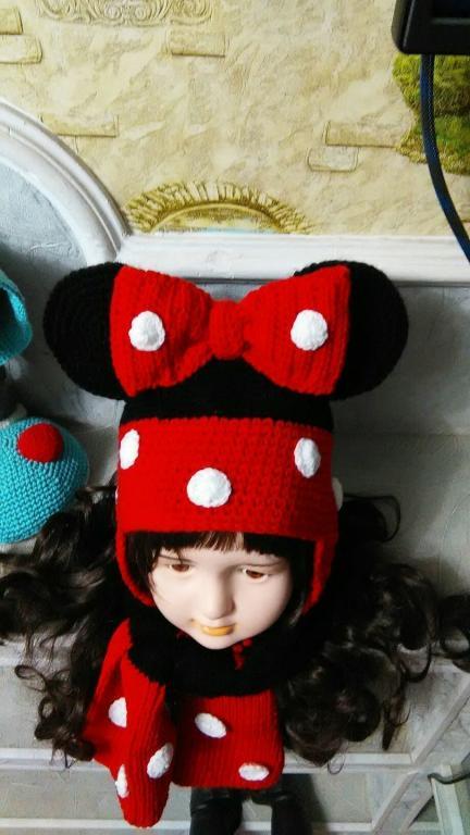 Шапочка и шарфик Мини-Маус