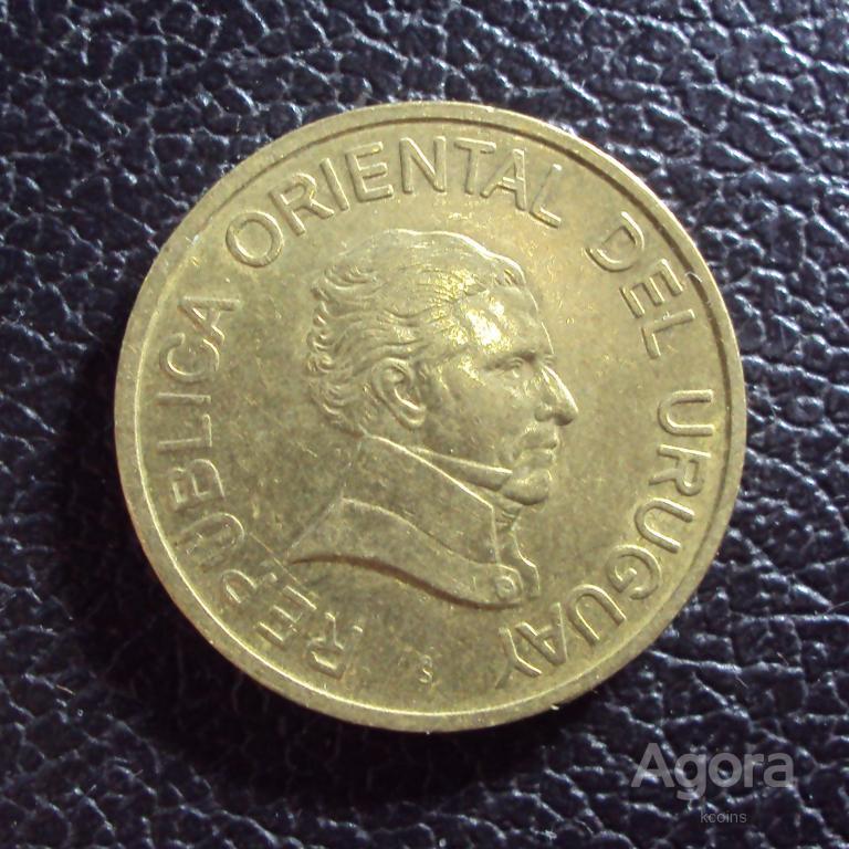 Уругвай 1 песо 2005 год.