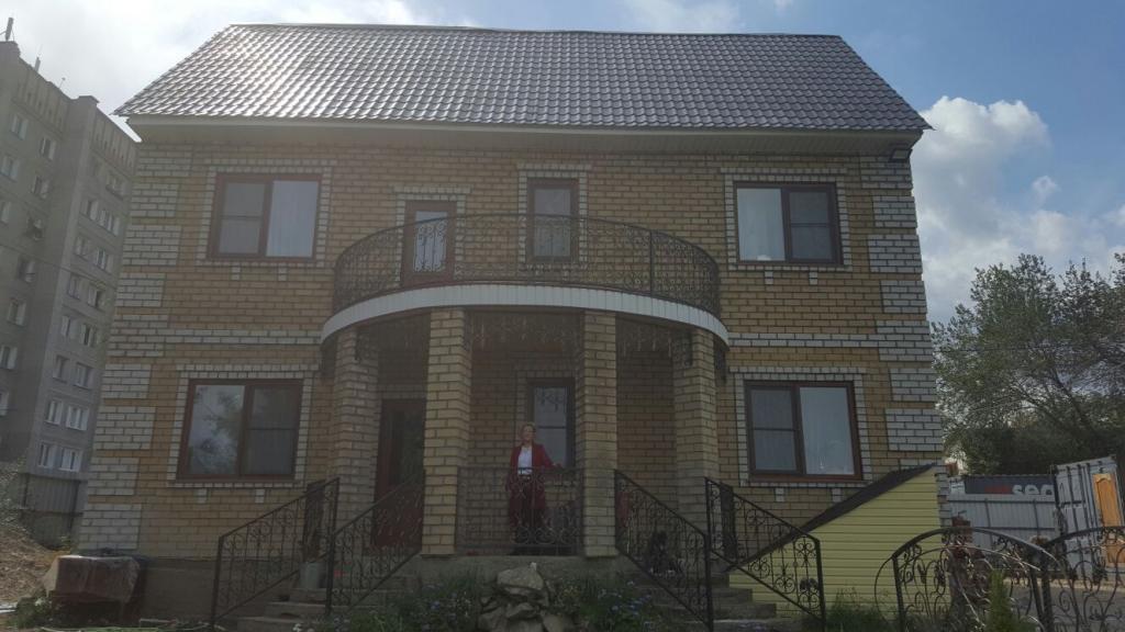 Продается элитный дом с участком в Усть-Каменогорске