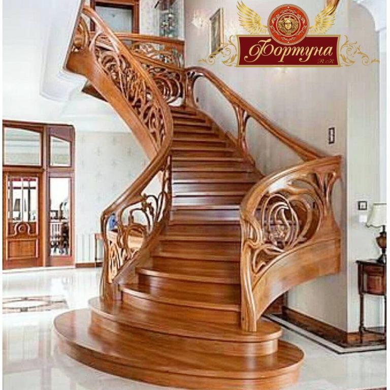 Лестницы из дерева на заказ в Алматы