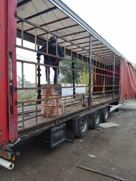 Сварочный цех по грузовым автомобилям .