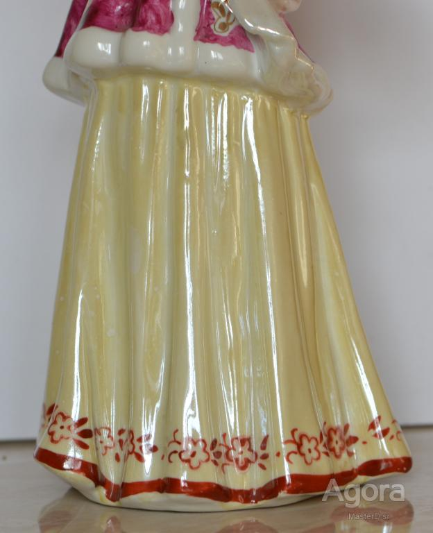 "Фарфоровая статуэтка ""Лебёдушка"" Дулево 1959г."
