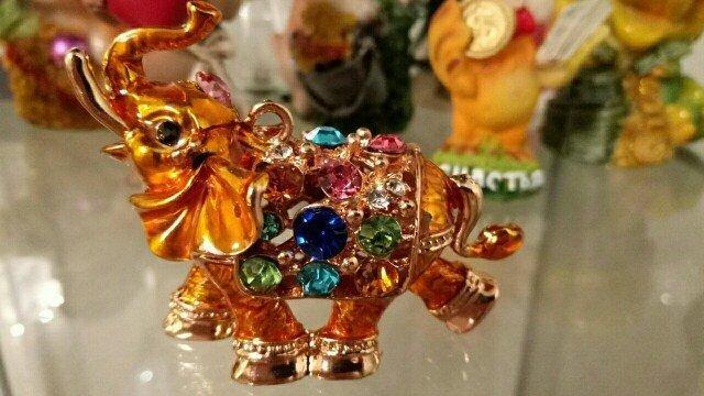 На ключи Яркий брелок Индийский слоник