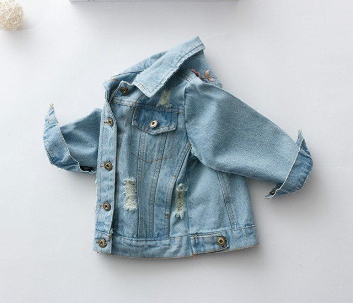 Куртка джинсовая с вышивкой Новинка