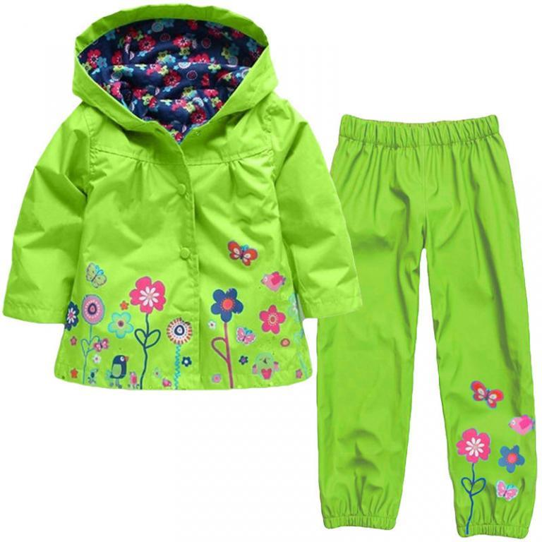 Яркий комплект для девочки плащ и штаны