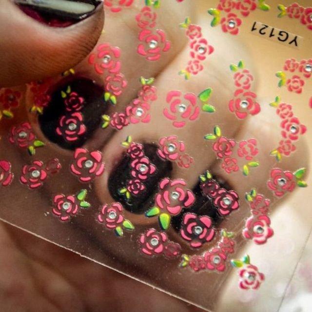 Наклейки для ногтей 3D цветы 50 шт.
