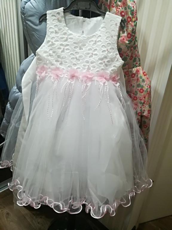 Белое нарядное платье Новинка