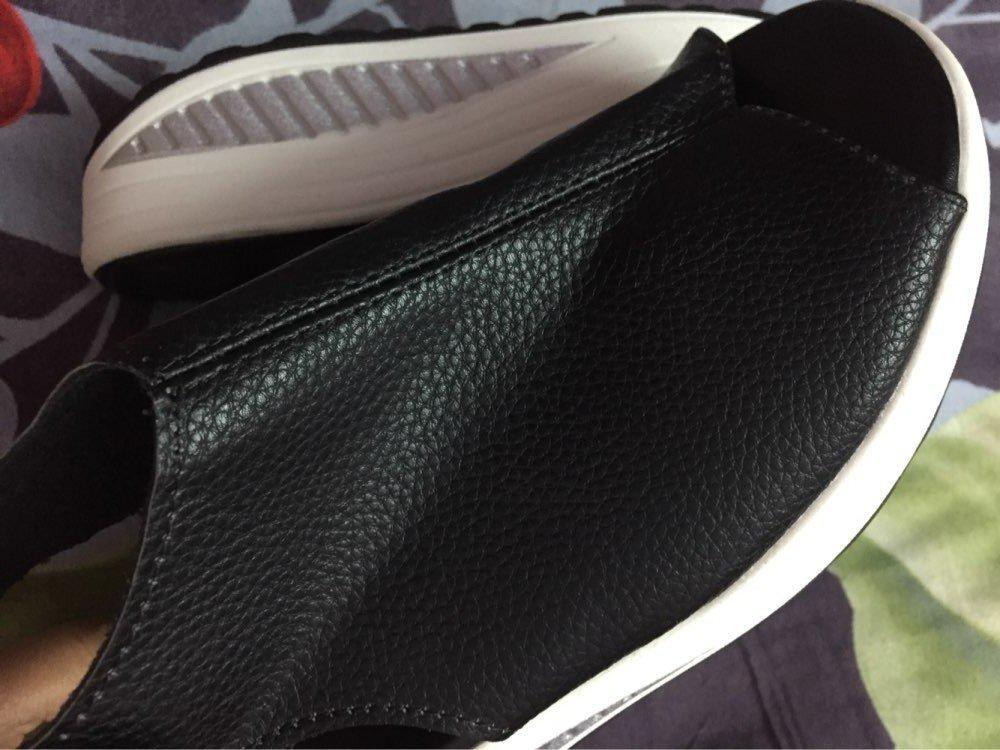 Спортивные кожаные черные босоножки