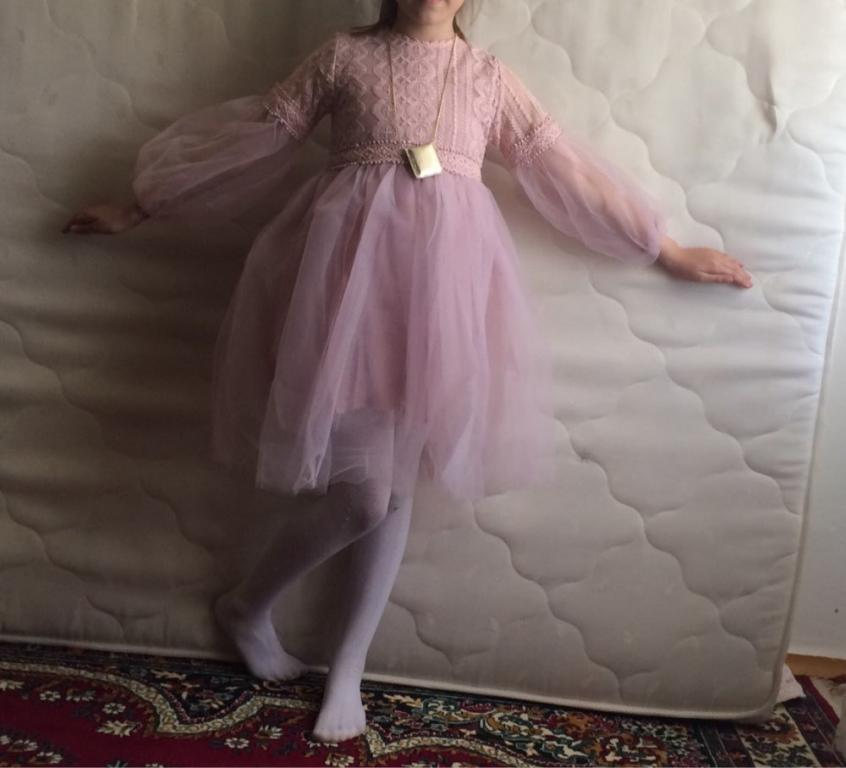 Нежное нарядное розовое платье Новинка
