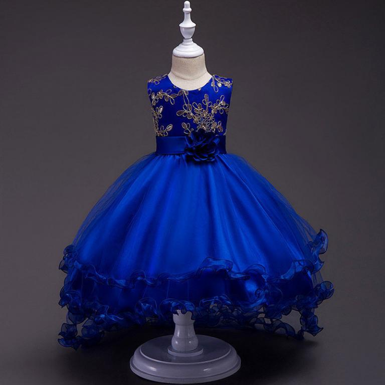 Нарядное платье со шлейфом 4 цвета