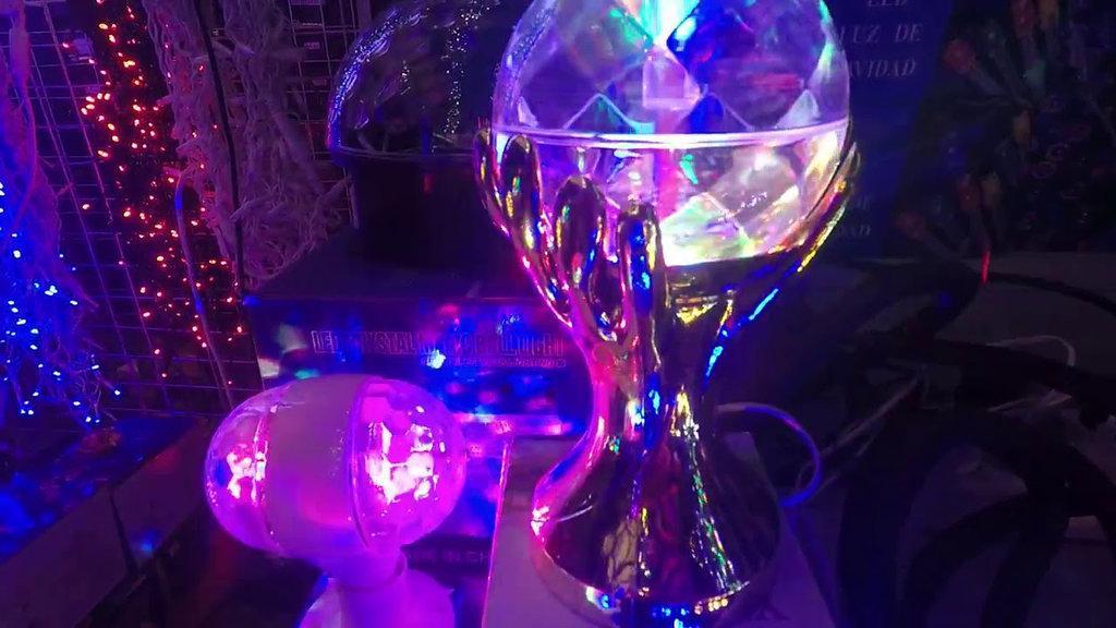 Диско-Лампа Рука LED Full Color Rotating Lamp.